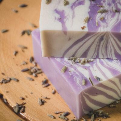 Jabón artesanal vegano – Lavanda y Arroz – Relajante – grande – Maita Porá