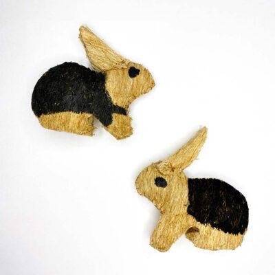 Conejo – Artesanía Cabécar – Set de 2 – hecho de Corteza