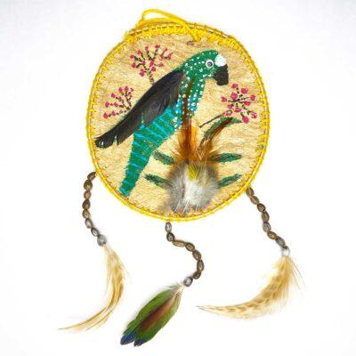 Móvil con Dibujo Perico grande – circular Plumas, Semillas y Mastate  – Artesanía Cabécar