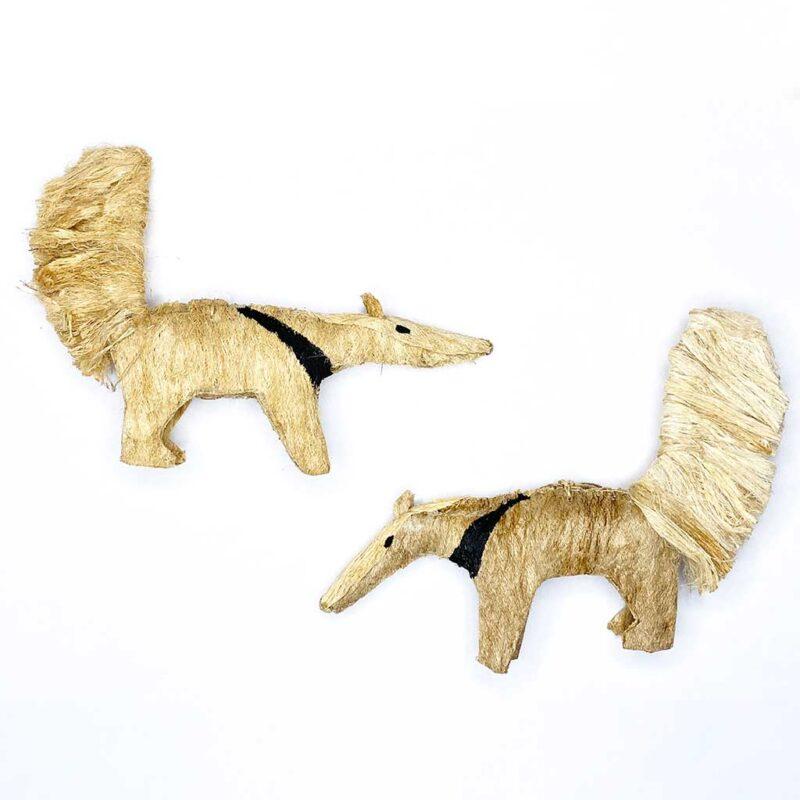 Oso Caballo con Rayas – Artesanía Cabécar – Set de 2 – hecho de Corteza