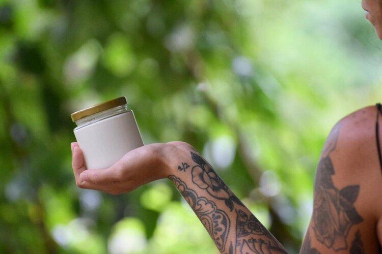 Crema hidratante natural de Ylang-Ylang grande – 200 ml – Capuchino