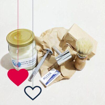Día del Amor – Kit afeito – 2 Rasuradoras – Jabón – Brocha – Paquete de Navajillas